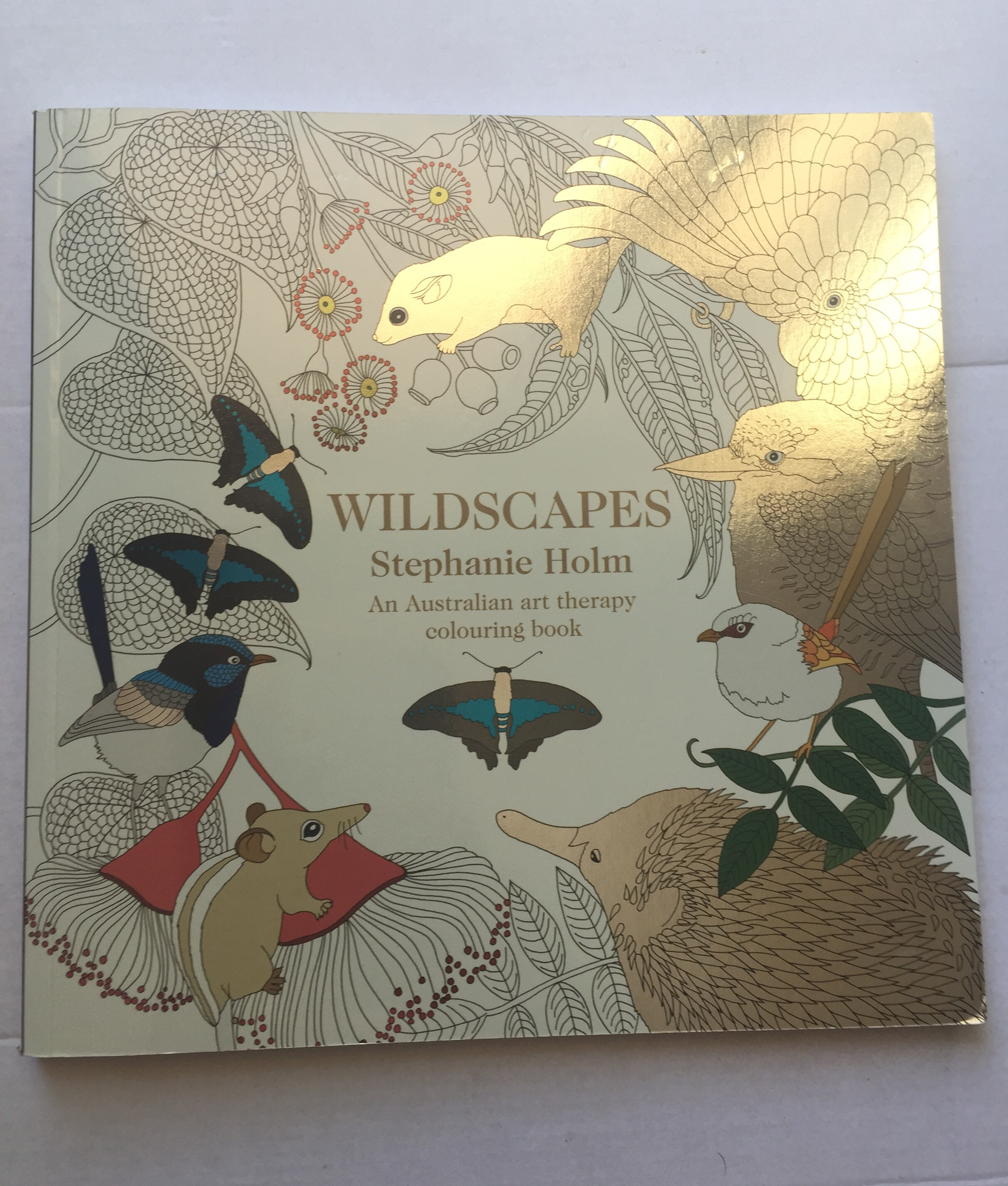 wildscapes art therapy colouring coloring in pencils animal australian australia stephanie holm stress mindfulness
