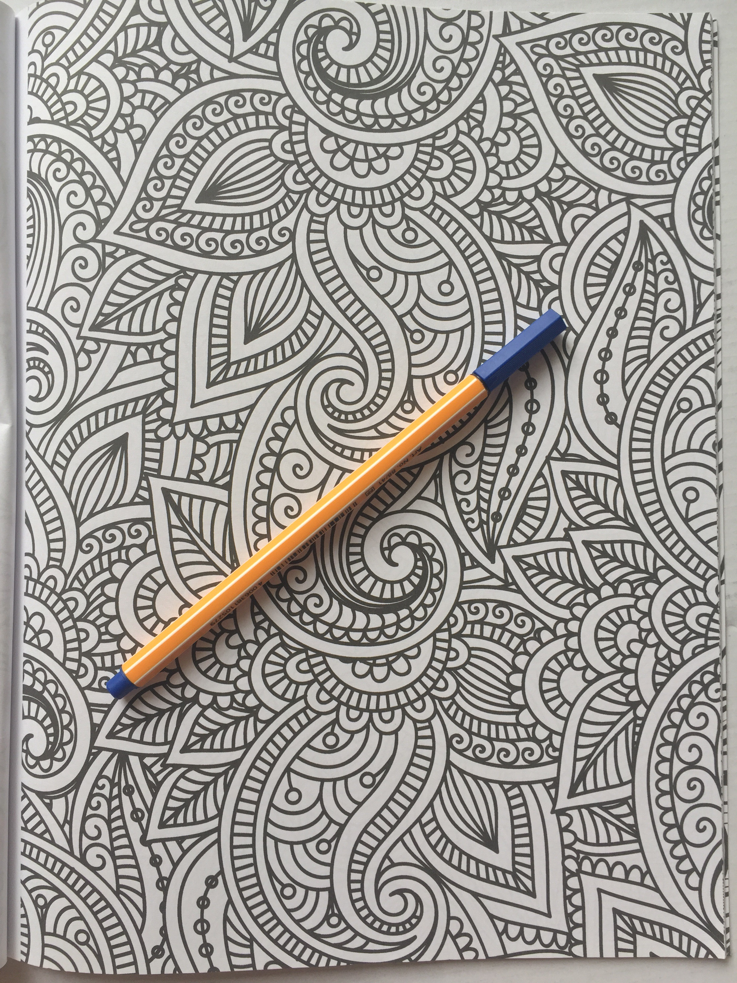 adult colouring coloring art therapy patterns coloring mandala stess relief coloring book colouring book reviews pencils